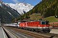 am Foto: 1144.094 + 1216.024 vor Güterzug am Tauern