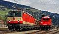 am Foto: 1144.117 neben 1020.018, Lienz (Pustertalbahn), 18.04.2015