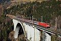 am Foto: DB 101.087 überquert die Pfaffenberg-Zwenberg-Brücke  (Tauernbahn)