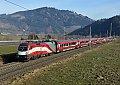 """Foto zeigt: """"Verkehrte Fahne"""" RJ-1116.249, RJ 535, Niklasdorf (Südbahn)"""