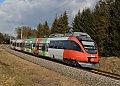 Foto zeigt: Grüne Energie und grüne Landstraße in der grünen Mark!