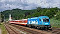 Foto zeigt: Blauer Kyoto-Taurus 1016.023 mit Regionalzug (Wernstein)