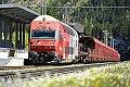 Foto zeigt: Doppelstock-Steuerwagen 8633.100 mit Auto-Überstellzug 9622 im Bahnhof Böckstein
