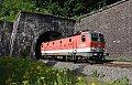 am Foto: 1144.006 mit Güterzug beim Portal des Annaberg-Tunnels (Rudolfsbahn)