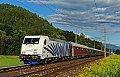 am Foto: Lokomotion-Zebra 185.661 (Paul) mit Turnuszug bei Sbl. Pusarnitz 1 (Tauernbahn)