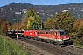 Foto zeigt: 1142.688 vor 1116.051 mit G 49415 bei Küb in prächtiger Herbstfärbung (Semmering)