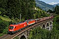 Foto zeigt: 1116.031 (Ex Türkei-Länderlok) vor Schachbrett-1144.117 mit Güterzug am Tauern