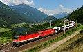 Foto zeigt: Ideal ausgeleuchtete Züge ...