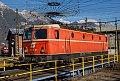 Foto zeigt: 1144.040 verbringt Weihnachten unter der Oberleitungsspinne (Drehscheibe Innsbruck)