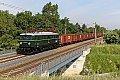 Foto zeigt: Ersatzlok 1041.015 vor Güterzug bei Bisamberg