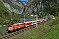 am Foto: Blutorange 1142.682 zu Besuch auf der Giselabahn mit vier CS-Wagen