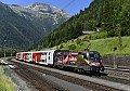 Foto zeigt: Doppelstöcker am Weg nach Osttirol