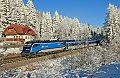 """Foto zeigt: CD Railjet 1216.249 mit RJ 73 auf der """"zauberhaft"""" verschneiten Semmeringbahn"""
