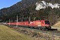 am Foto: Neunfach-Lokzug zu Neujahr: Puch bei Villach (Tauernachse)