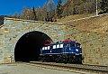 Foto zeigt: Blaue Schmuckstücke auf der Tauernbahn