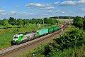 Foto zeigt: SETG 193.204 Mozart mit Wiesauer Containerzug (Reuth im Vogtland)