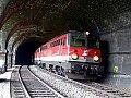 am Foto: 1142.665 und 1142.667 als Lokzug im Weinzettelwand-Tunnel (Semmeringbahn), 04.05.2018