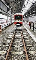 Foto zeigt: Növog 5090.014 - Hochformat: Bahnhofshalle Gmünd (Waldviertelbahn)