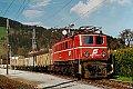 Foto zeigt: ÖBB 1040.005-9 mit Sammler, Bhf Breitenstein (Semmeringbahn 25.04.1990)
