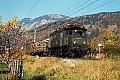 Foto zeigt: ÖBB 1080.04 mit Güterzug bei Liezen (Ennstalstrecke 1984)