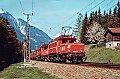 am Foto: 1020.40 & 1020.44 vor Güterzug in Pians (Arlbergbahn), 13.05.1982