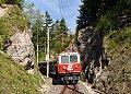 Foto zeigt: 1099.14 Winterbach - Ober Buchberg - Felswände (Mariazellerbahn)