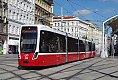 Foto zeigt: Neubautriebwagen Bombardier Flexity in Wien im Einsatz