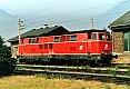 Foto zeigt: 2143.003 mit versetzter Seitenzierlinie in der Zugförderung Wiener Neustadt (1990)