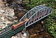 Foto zeigt: 2043.558 mit Regionalzug auf Forellenfall-Brücke